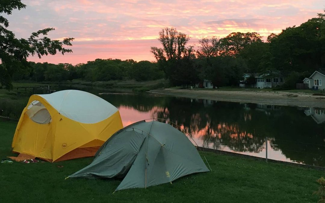 How to Camp with your Family Before Winter Comes